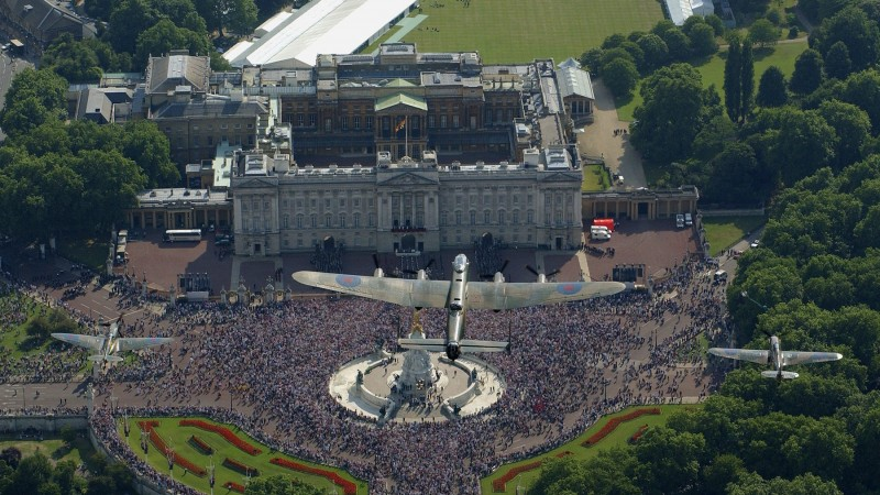 Battle of Britain Memorial Flight over Buckingham Palace in 2005 - with Lancaster, Spitfire and Hurricane CREDIT MoD