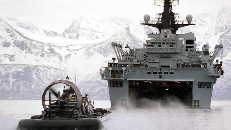 HMS Albion, Exercise Joint Winter (2004)
