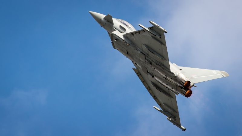 RAF Typhoon Display Team performs (Picture: MOD).