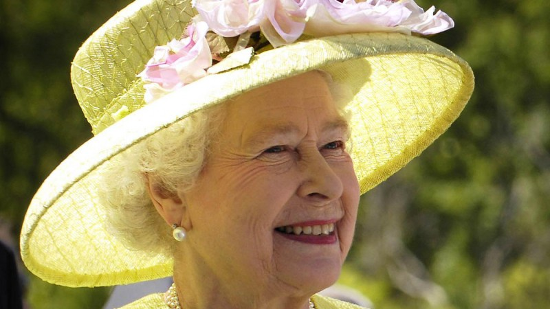 Queen 'Nearly Shot' By Guardsman