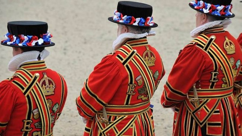 Become A Beefeater! Historic Position Opens Up At Tower Of London