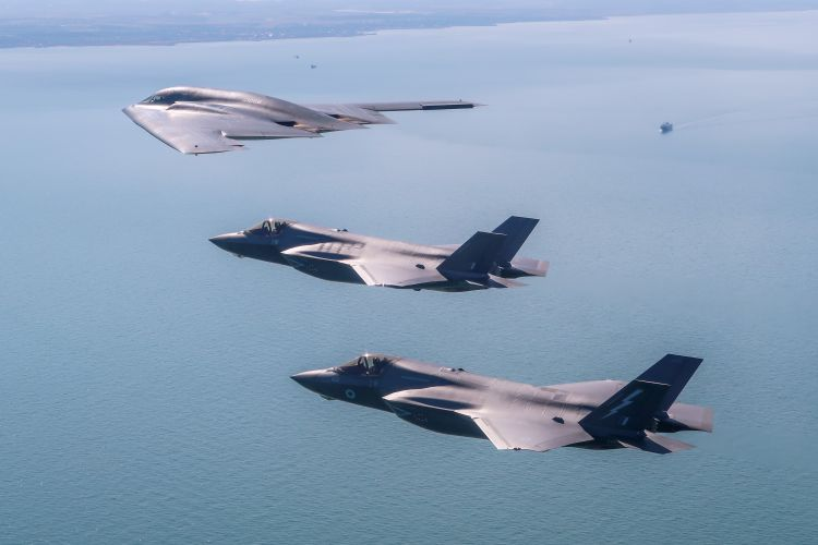 The aircraft are both fifth-generation jets (Picture: MOD).