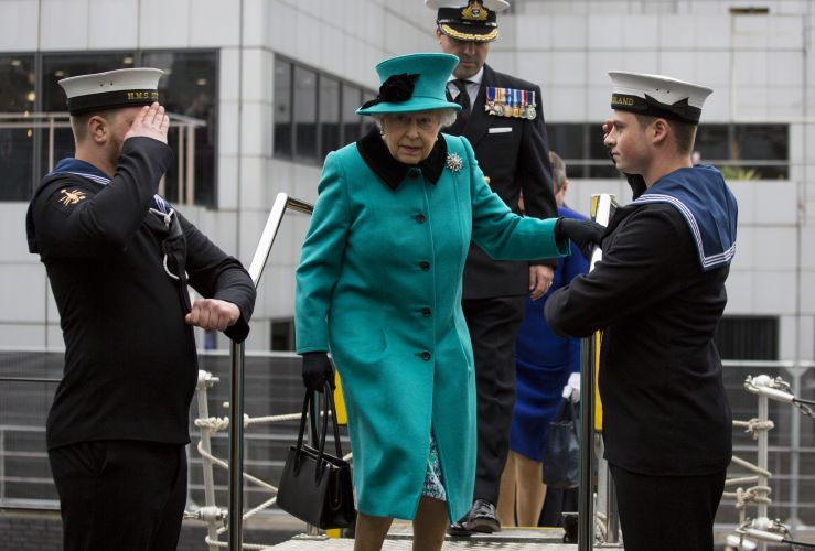 Sailors welcome The Queen aboard HMS Sutherland (Picture: MOD).