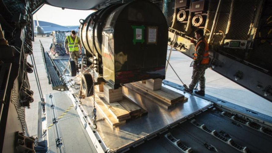 Oxygen tank being loaded onto A400M Atlas aircraft bound as part of a delivery of equipment to the Falklands (Picture: MOD).