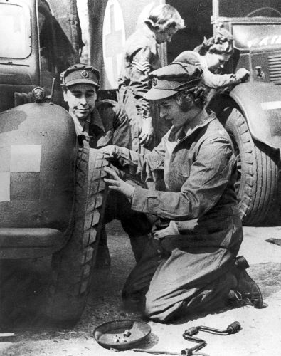 The then-Princess Elizabeth training as a mechanic during the Second World War (Picture: PA).
