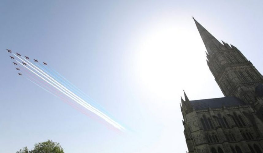 Red Arrows flying over Salisbury cathedral