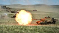 Challenger 2 Main Battle Tank British Army Training Unit Suffield BATUS Canada Defence Imagery