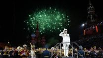 Fireworks go off over Red Square during the closing ceremony of the Spasskaya Tower Festival 2019, Moscow (Picture: PA).