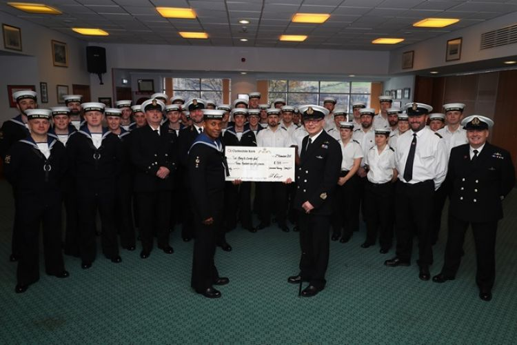 Royal Navy Submariners Join Forces To Help A Ww2 Veteran