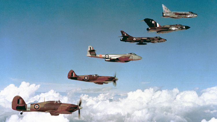 20th anniversary Battle of Britain 1960 Hawker Hurricane Supermarine Spitfire Gloster Meteor Hawker Hunter Gloster Javelin English Electric Lightning