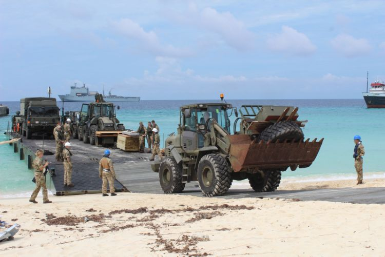 24 Commando Royal Engineers and RLC Port and Maritime Regiment move equipment ashore during Hurricane IRMA. Credit: Crown Copyright
