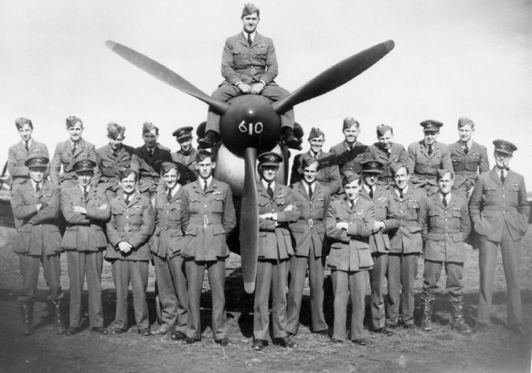 610 Squadron at Biggin Hill Pictured in WWII CREDIT Biggin Hill Memorial Museum.png