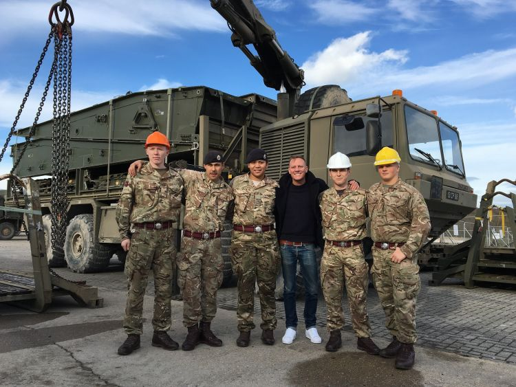 Corrie Star Turns Sapper On Salisbury Plain