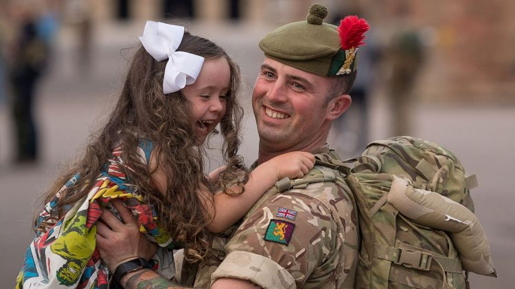 3rd Battalion The Royal Regiment of Scotland 3 SCOTS Homecoming Private Jordan McSeveney-Liddell and daughter