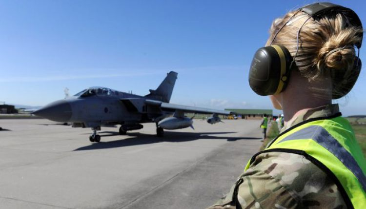 female RAF personnel