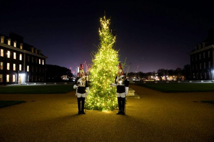 Blues and Royals Lance Corporals by Royal Hospital Chelsea Christmas Tree