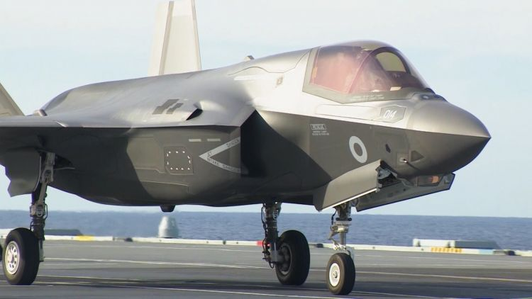 British F-35B taxiis on HMS Queen Elizabeth's flight deck 181019 CREDIT BFBS