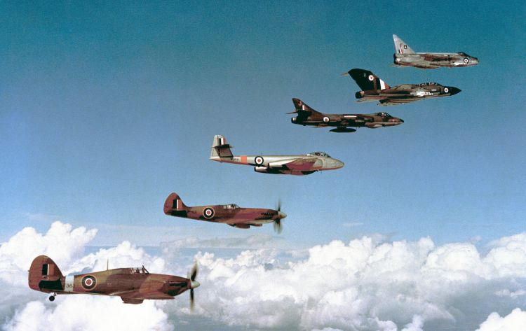 From bottom to top Hawker Hurricane IIc (LF363), Supermarine Spitfire PR.XIX (PM631), Gloster Meteor F.8 (WL164), Hawker Hunter FGA.9 (XE610J), Gloster Javelin FAW.9R (XH894R) and English Electric Lightning F.1 (XM137F)