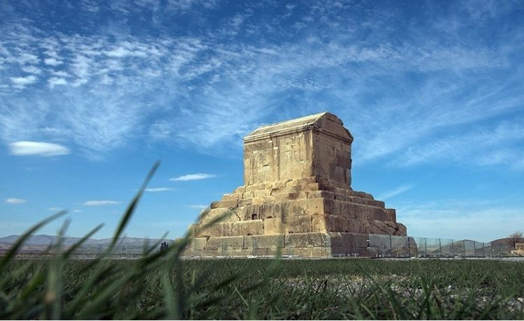 Cyrus' relatively modest tomb in Iran (image Hossein Khosravi)