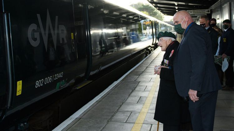 D-Day Veteran Harry Billinge sees GWR train named after him 071020 CREDIT Great Western Railway Twitter