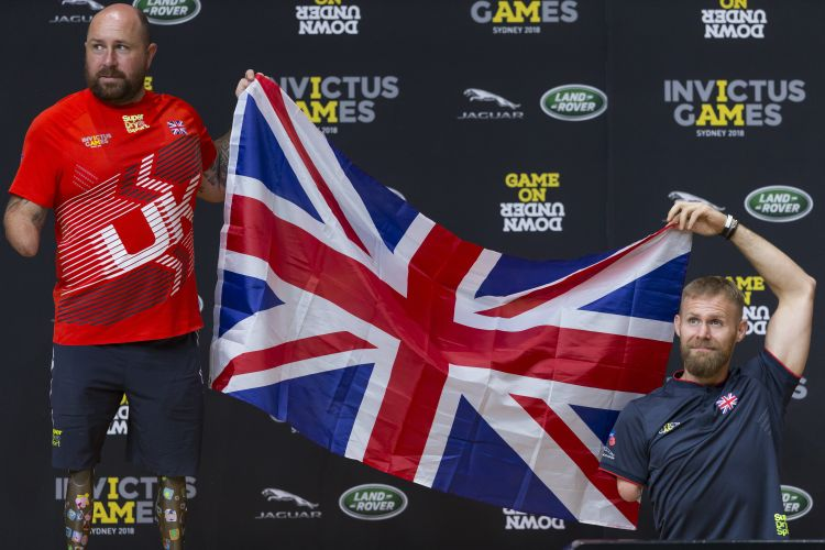 Dave Watson and Mark Ormrod with Union Flag at Invictus Games 2018 in Sydney