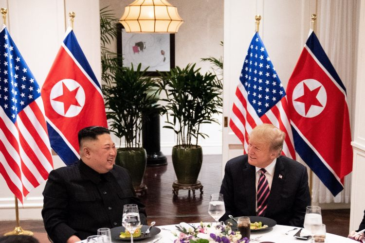 Donald Trump with Kim Jong Un during Hanoi meeting