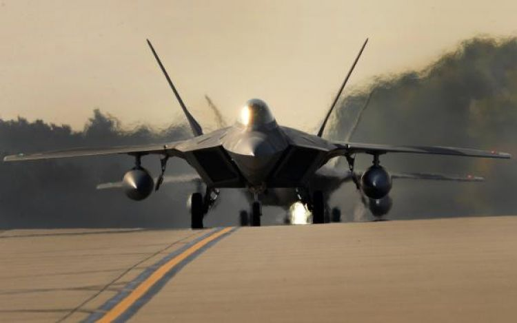 USAF F-22s Arrive At RAF Lakenheath