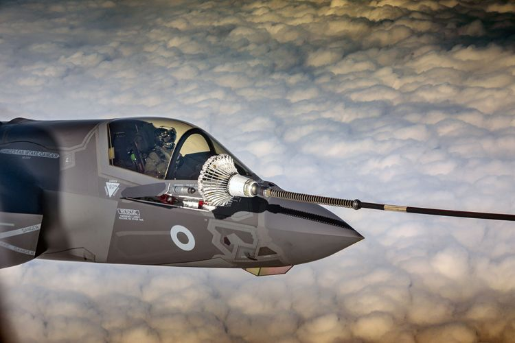 F-35B refuels over UK airspace (Picture: RAF).