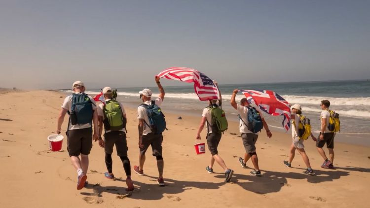 Walking with the Wounded team in Walk across Army veterans Kev Carr and Jonny Burns were among a team of six to walk across America