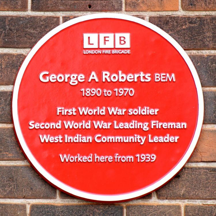 George Arthur Roberts Red Plaque Firefighter WW1 WW2 Credit: Mrbryanejones / Wikipedia