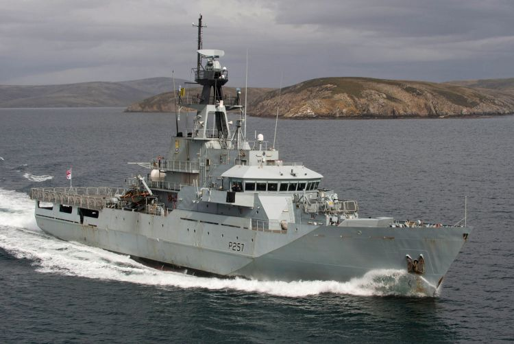HMS Clyde exercising off the Falklands