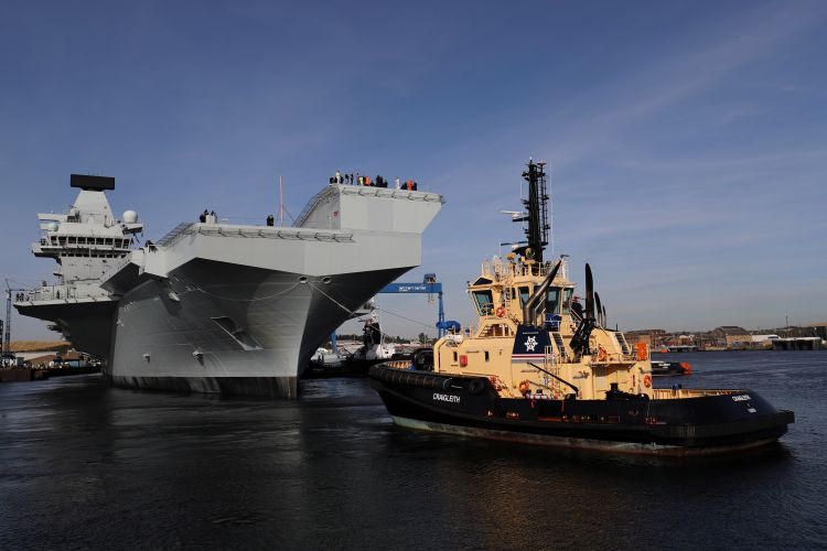 HMS Prince of Wales leaves Rosyth for the first time