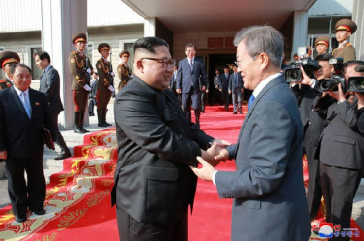 Korean leaders meet CRED PA.jpg