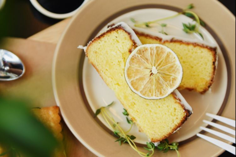 Lemon drizzle cake 090519 CREDIT Unsplash.jpg
