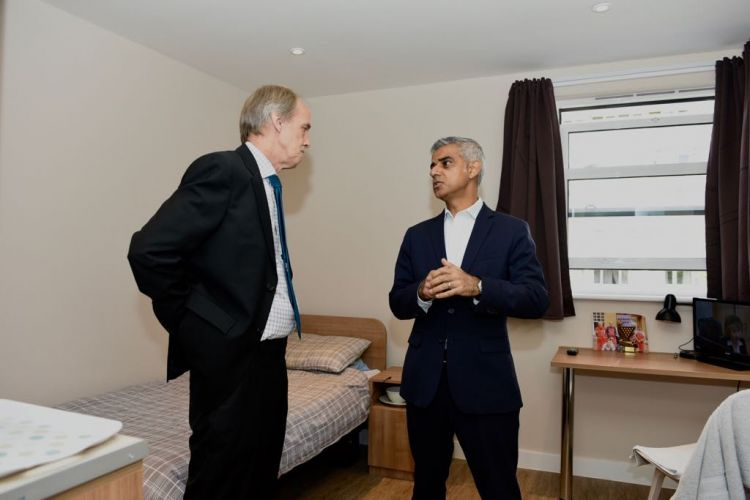 Mayor of London Sadiq Khan in room with veteran at New Belvedere House, Veterans Aid