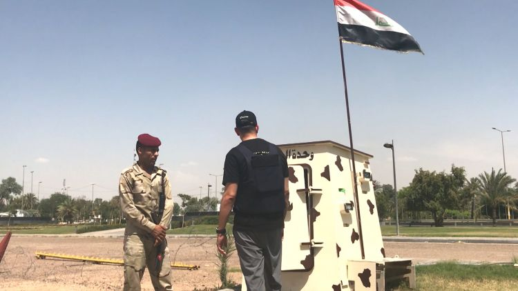 Former soldier Jordan Wylie visits guard post in Iraq