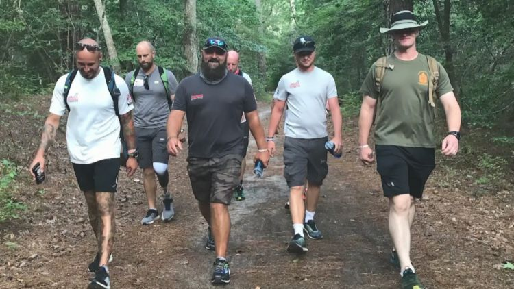 Wounded veterans from the UK and US in 1000-mile walk across America.