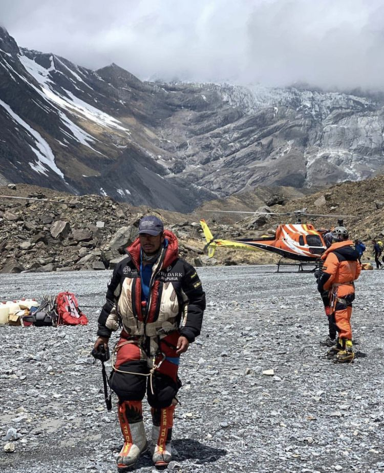 Nims Longline Rescue Photo Credit Alit Gurung