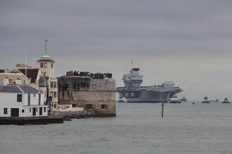People watch on as HMS Prince of Wales arrives in Portsmouth for the first time 161119 CREDIT ROYAL NAVY.jpg