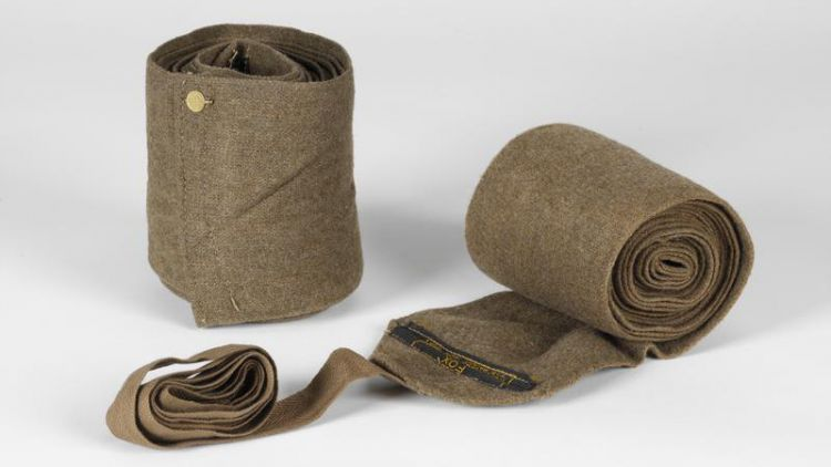 British Army long khaki wool woven puttees Imperial War Museum © IWM (UNI 12257)