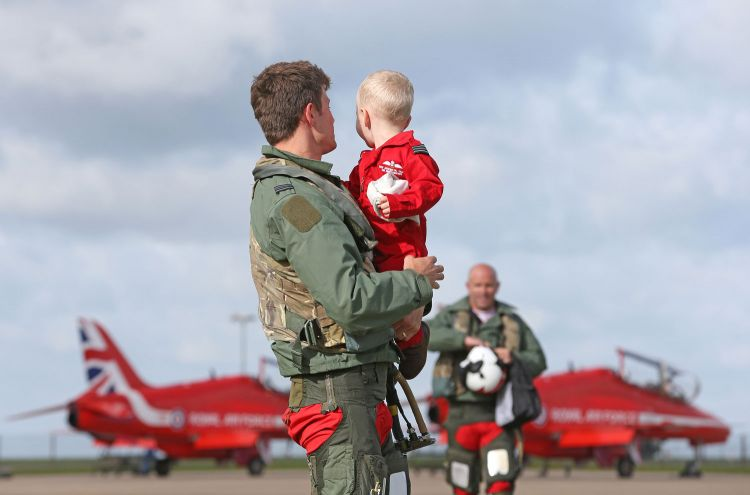 Red Arrows family homecoming