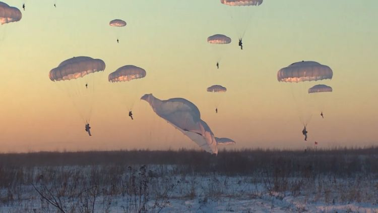 Russian troops parachuting 300119 CREDIT Russian MOD.jpg