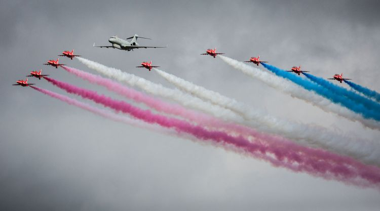 Sentinel-&-Red-Arrows-RAF-Scampton-Airshow