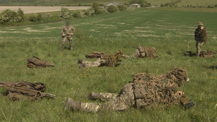 Snipers carrying drag bags 230919 CREDIT BFBS.jpg