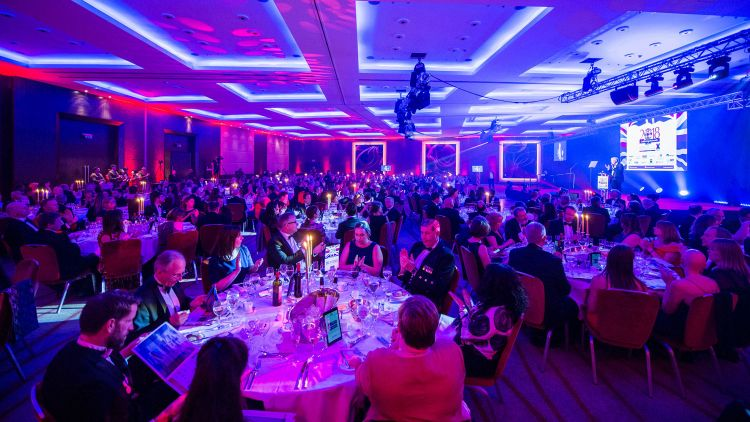 Soldiering On Awards 2018 Black Tie Event Clapping Pink Purple Credit: Schmooly