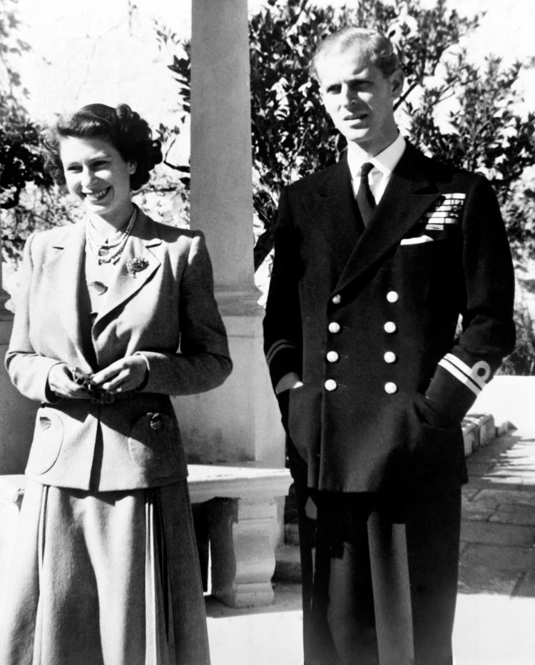 The Queen, then Priness Elizabeth, with Prince Philip the Duke of Edinburgh at Villa Guardamangia in Malta. Philip was First Lieutenant on HMS Chequers at the time 251149 CREDIT PA