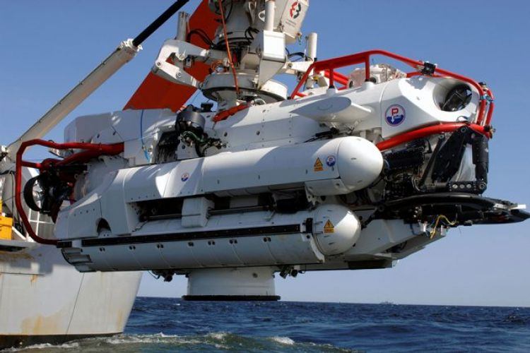 The Submarine Rescue Vehicle and the Transfer Under Pressure Systems of the NSRS 03062008 CREDIT MOD