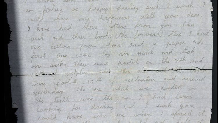 The handwritten letter from Mr Walker (Picture: SWNS).