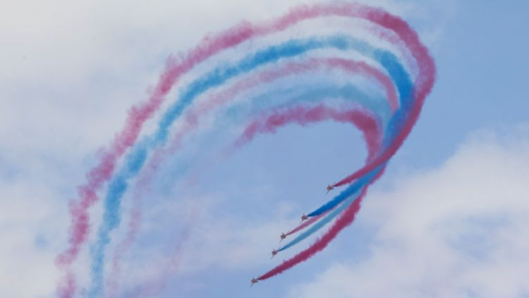 Tim Peake Red Arrows Loop RIAT