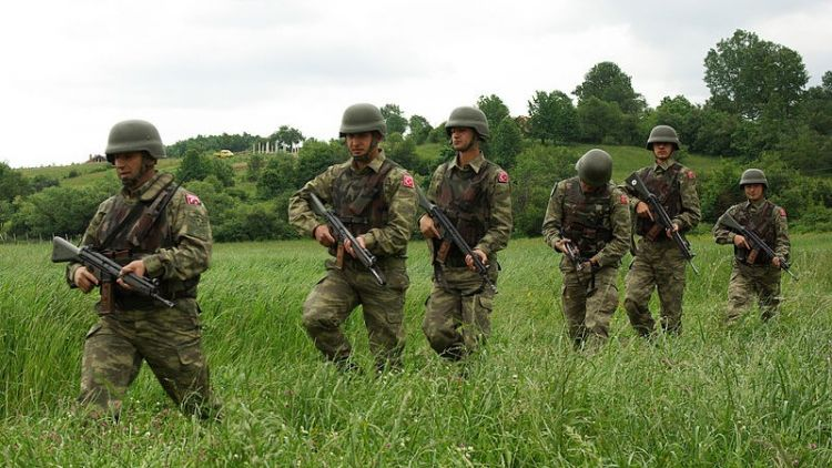 Turkish soldiers on exercise in Kosovo